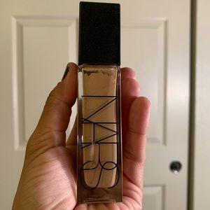 NARS natural radiant long wear foundation